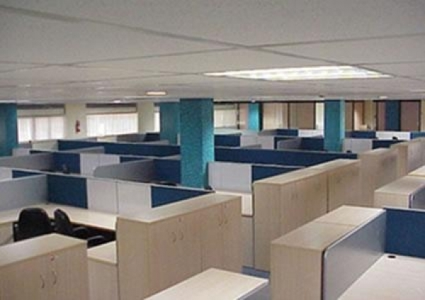 Individual office space with Push back chairs, 89Workstation